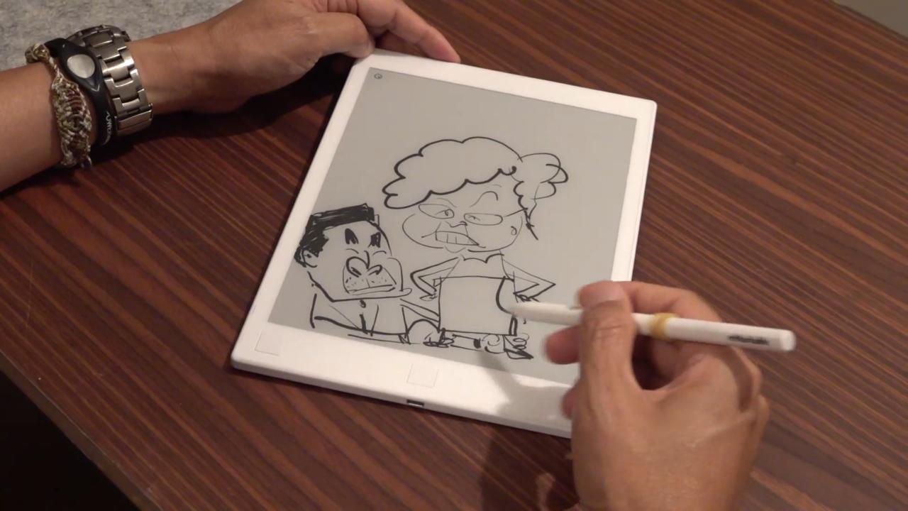 尊子笑言,特首林鄭月娥是最為難畫的人物。(張展豪 攝)