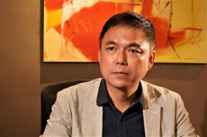 「2047香港監察」召集人錢志健提醒港人要為自身安危作好準備。(李智智 攝)
