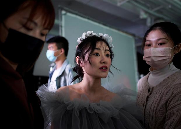 疫情期間仍有民眾急著結婚。(路透社資料圖片)