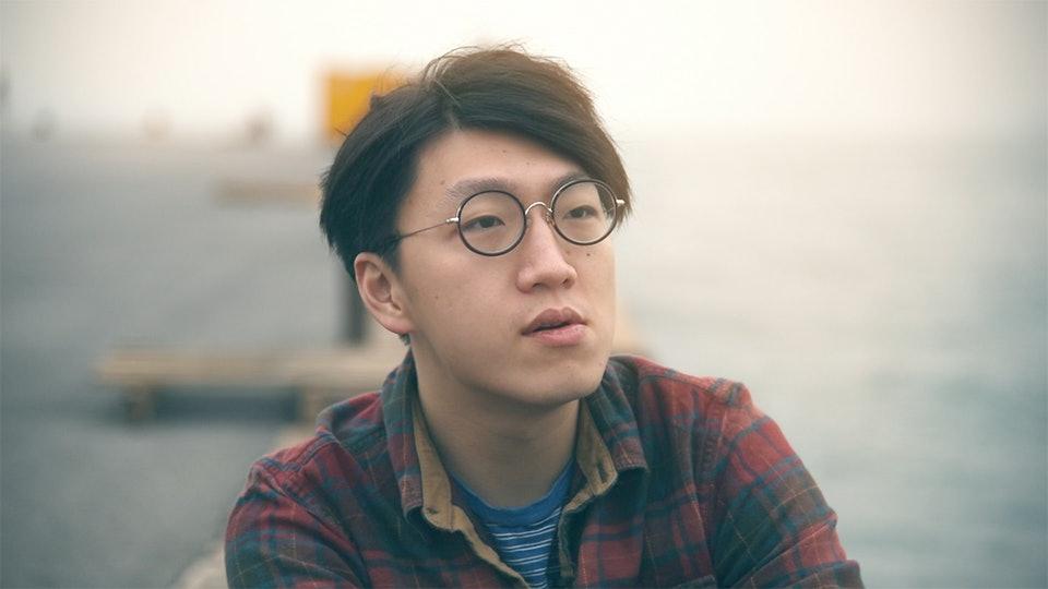 電影《地厚天高》為講述香港本土民主前線發言人梁天琦的紀錄片。(電影《地厚天高》影片截圖)