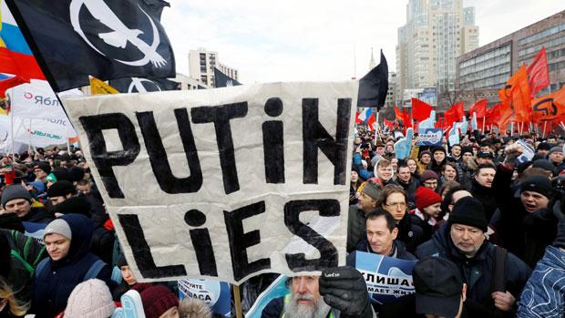 2019年3月10日,俄罗斯民众在莫斯科集会,反对当局加强网络监控。(路透社)
