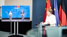 今年9月舉行的中歐峰會對話上,德國總理默克爾提及香港《國安法》及中國人權問題,試圖改變「貿易至上」做法,希望帶動歐盟轉向。(德國政府官方網站圖片)