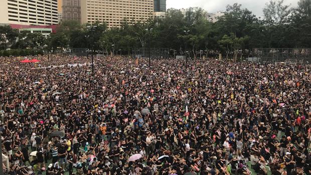 2019年8月18日,民阵指有170万人参与维园的「反送中」集会。(刘少风 摄)