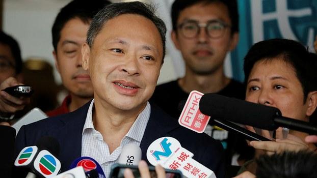 戴耀廷認為,香港政府要把新加坡的管治模式套用在香港身上未必可行。(路透社資料圖片)