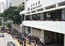 2019年10月9日,超過500名香港市民到高等法院,聲援梁天琦。(文海欣 攝)