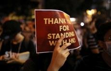 2019年10月14日,「香港人權法造勢大會」的參加者希望美國國會能通過《香港人權與民主法案》。(路透社)