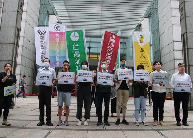 台灣公民團體擬於10月25日在台北發起撐港遊行。(受訪者提供)