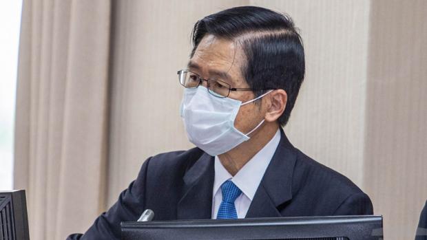 台灣國防部長嚴德發周五下午在立院受訪強調,國防部謹慎掌握台海情勢,目前沒有異常。(資料圖片)