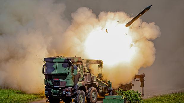 2020年6月25日,美國出售的改良型魚叉飛彈,可與台灣自製反艦武器結合,增加近海防禦能力。(台灣國防部提供)