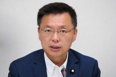2020年10月27日,民進黨立委趙天麟:台灣購買魚叉飛彈後,大幅降低中國犯台成功率。(鍾廣政 攝)