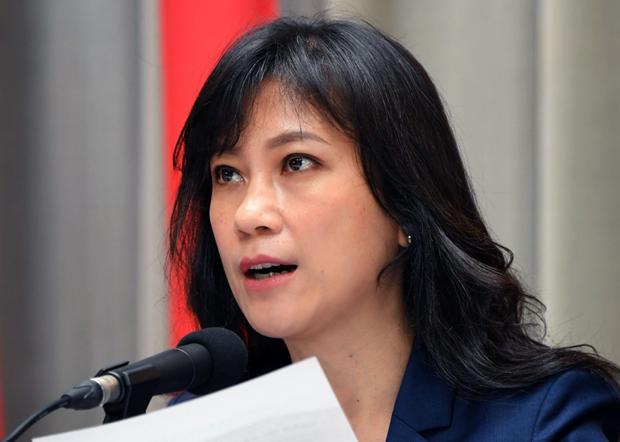 2020年3月26日,台灣行政院發言人谷辣斯(Kolas Yotaka):「類包機」是政府堅持的防疫優先的模式。(台灣行政院提供)