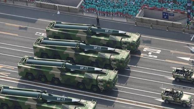 解放軍正在東南地區部署最先進的東風17高超音速導彈。(網上圖片)
