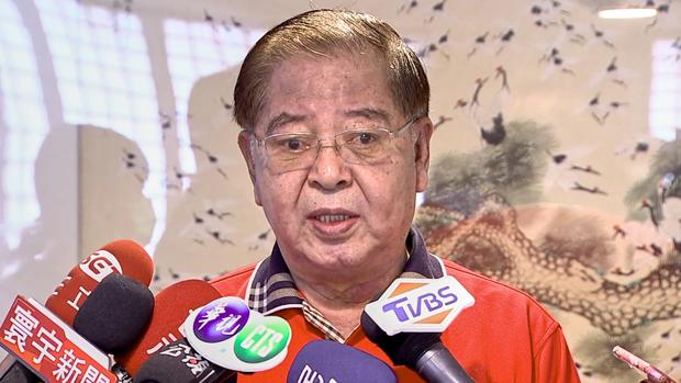 2020年10月21日,軍事情報局前少將陳虎門:被指擔任特務的都是七十歲以上,退休二十年的老人,不相信他們還有可以利用的情報價值。(鍾廣政 攝)