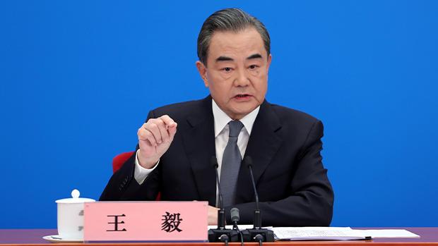 中國外交部長王毅周二(24日)起訪問日本兩天。(路透社資料圖片)
