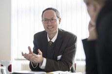 英國諾丁漢大學社會學系教授、歐中關係問題專家傅洛達(Andreas Fulda)認為英國及西方各國大學應該團結起來,對香港《國安法》干預西方學術自由說「不」! (傅洛達臉書圖片)