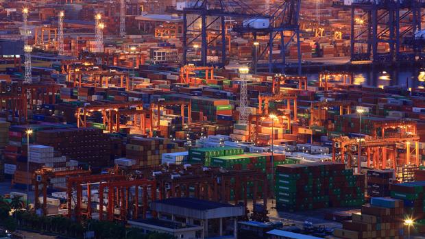中美两国周日实施新关税,美方强调不会有宽限期。(路透社资料图片)